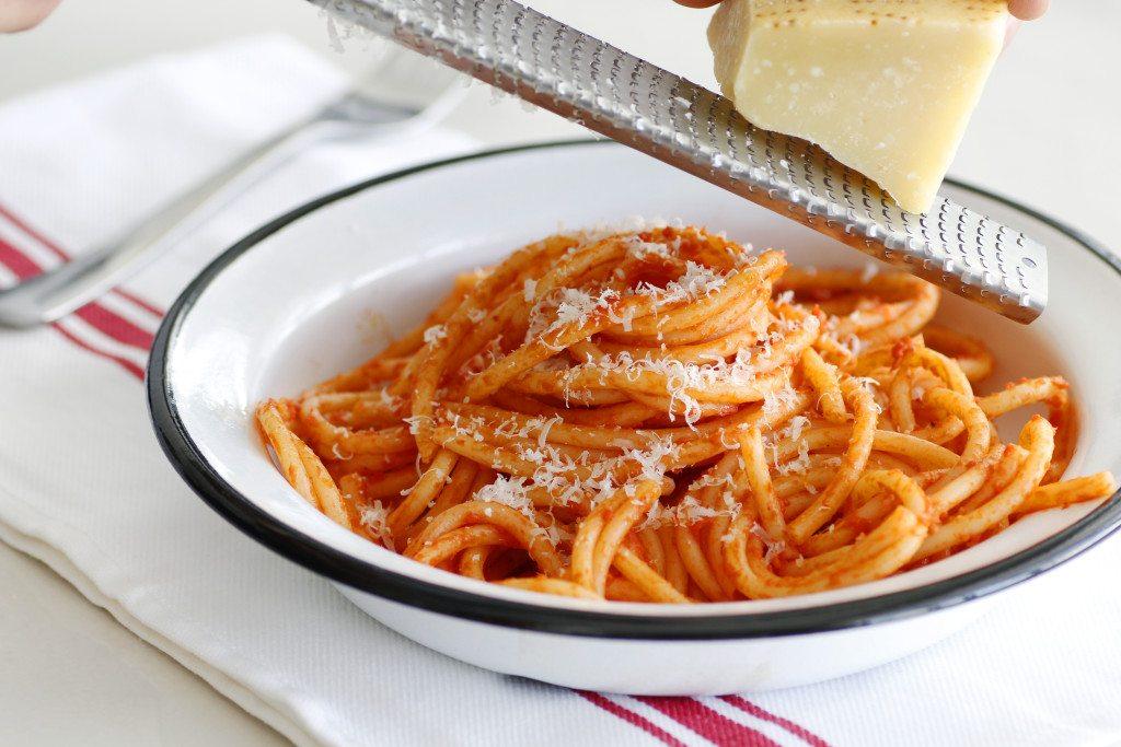 פסטה ברוטב עגבניות עמרי פולק